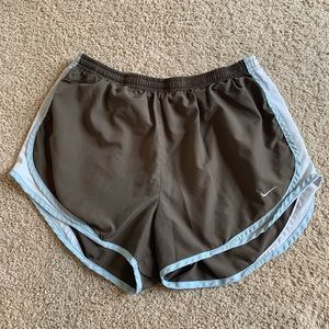 Nike Tempo L gray-brown and blue running shorts